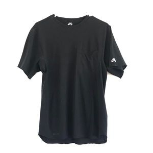 Nike SB Black Short Sleeve Shirt Size Small